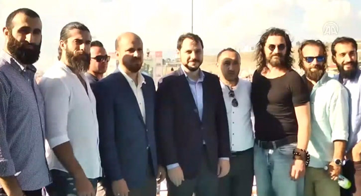 Dirili� Ertu�rul dizisinin oyuncular� Etnospor K�lt�r Festivali'ni ziyaret etti