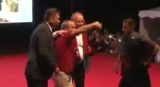 İnce´nin mitinginde skandal: Vatandaşı sahneden attılar