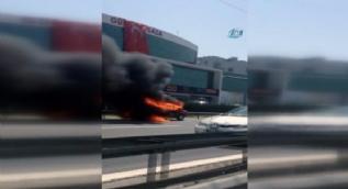 Basın Ekspres yolunda bir araç alev alev yandı
