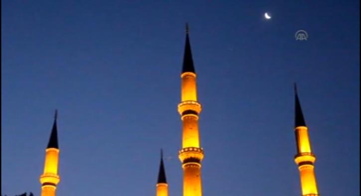 Selimiye Camii'nde 15 Temmuz �ehitleri i�in dua