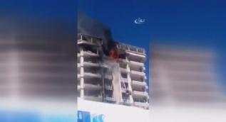 �n�aat halindeki binada ��kan yang�n kamerada